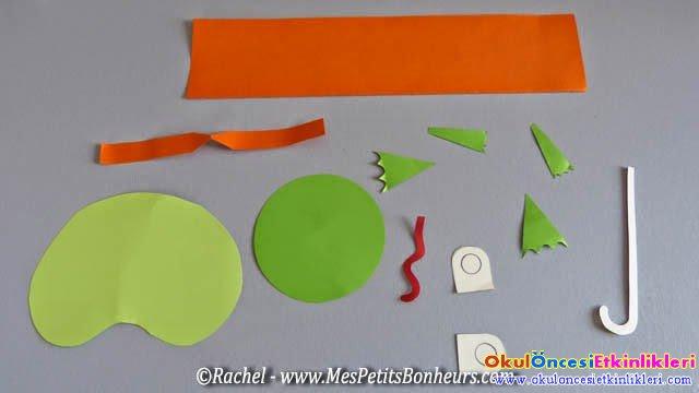morceaux-pour-collage-grenouille-et-parapluie.jpg