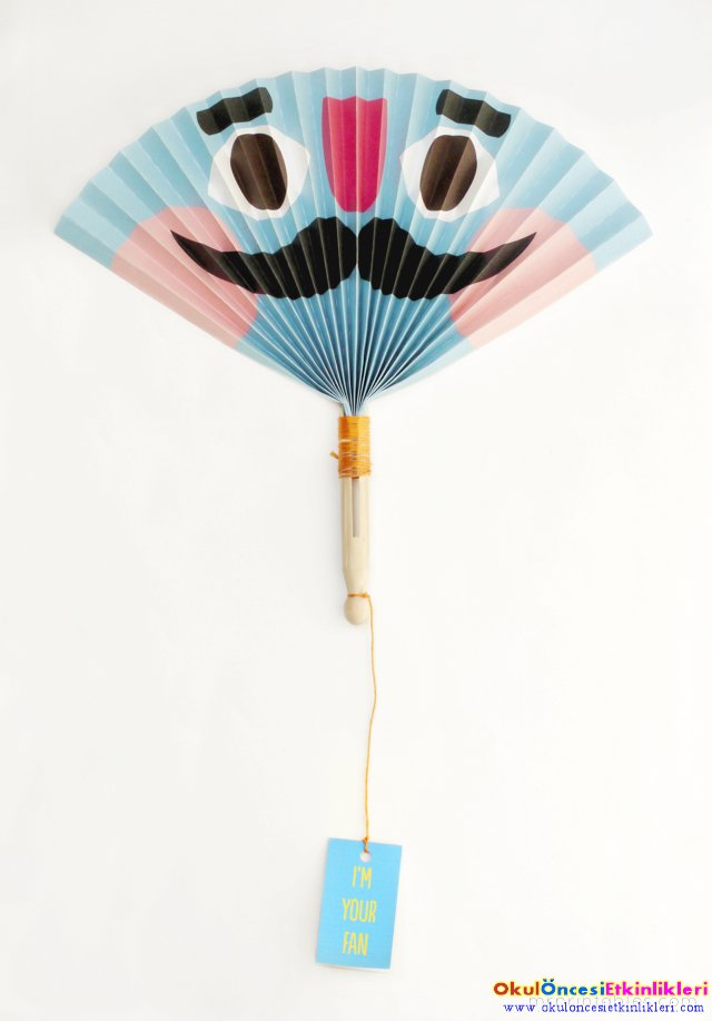summer-craft-paper-fan-blue.jpg